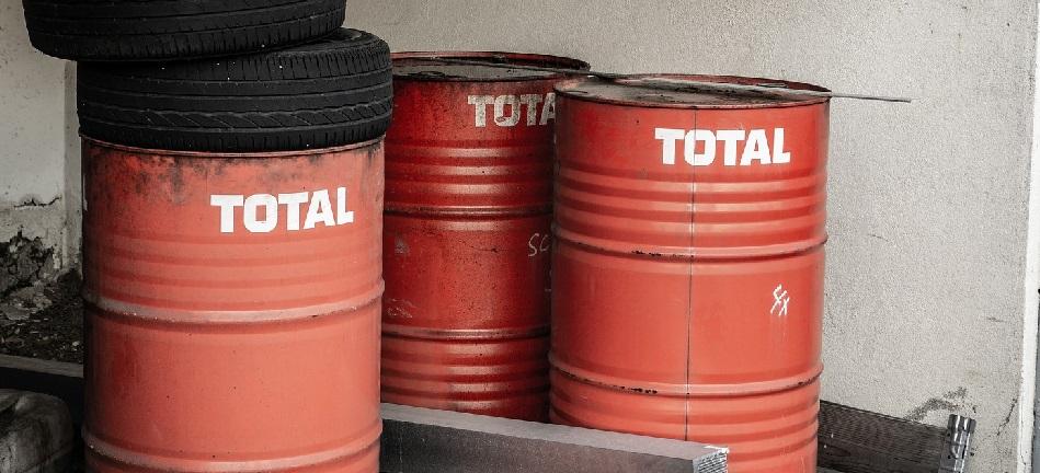 Milieukosten afbeelding afgelopen olie en banden